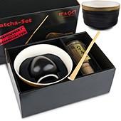 Matcha-Geschenkset Premium von MAOCI, innen helle Schale im Hochglanz-Karton, offen