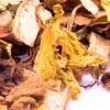Früchtekaltgetränk 'Sommerpunsch' mit Moringa