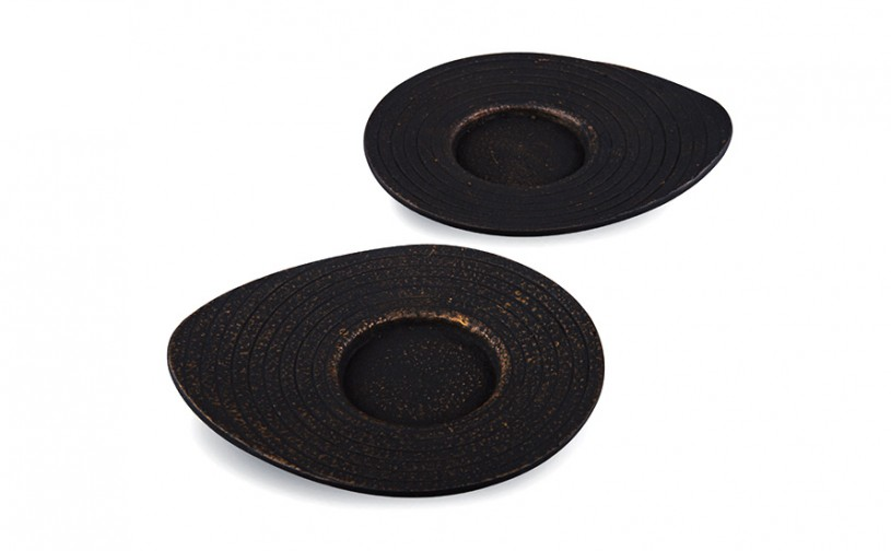 Gusseisen Cup-Untersetzer Ume (schwarz-gold), 2 Stück