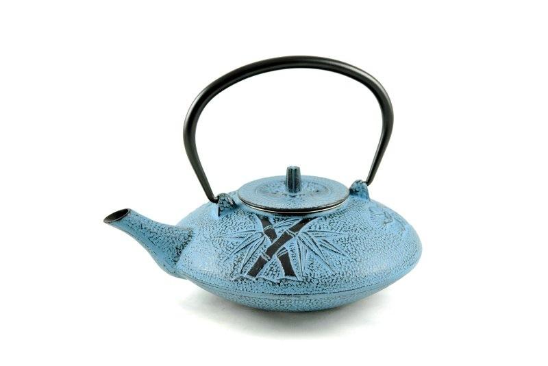 MAOCI Gusseisen-Teekanne Kitami flach (himmelblau) - 1,25L