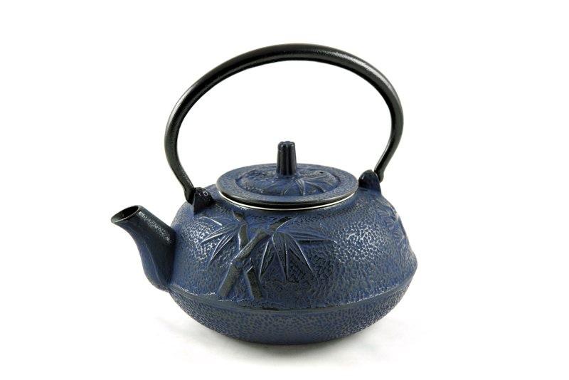 MAOCI Gusseisen-Teekanne Kitami rund (nachtblau) - 1,4L