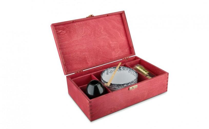 Matcha Geschenk-Set Hino in roter Holz-Geschenkbox