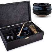 Matcha Geschenkset Yosuka in schwarzer Geschenkbox, offen