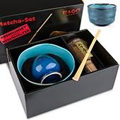 Matcha-Geschenkset Premium von MAOCI, dunkel / bläuliche Schale im Hochglanz-Karton, offen